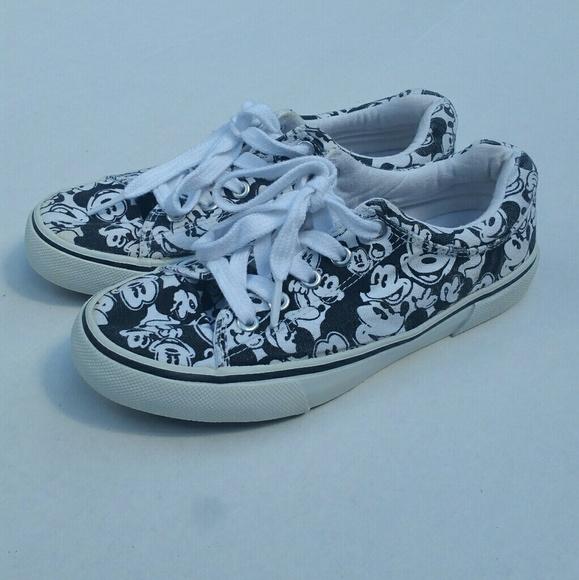 Disney Shoes - Disney Mickey shoes